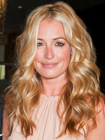 Cat Deeley is Super Cute and Super Stylish and I'm Super Starstruck….Check out Her Digs..