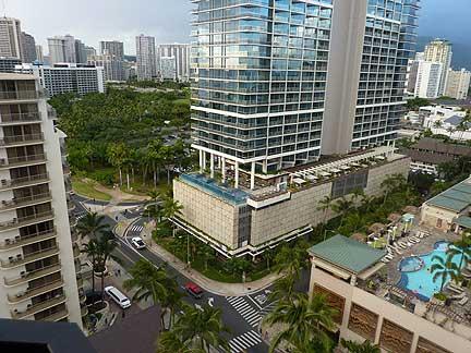 Trump_Hotel_Waikiki_Exterior1