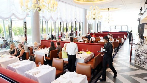 542547-130406-twam-restaurant