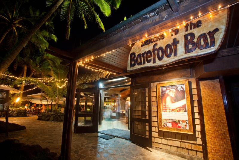barefoot-bar-pacific-resort-hotel-group-pacific-resort-rarotonga-cook-islands-1251