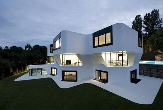 curved-modern-house_jwKYP_23522