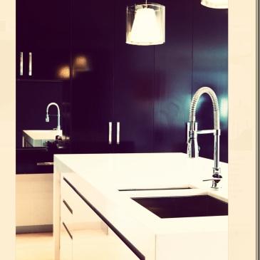 Filter : X-Pro11 White Chalk Kitchen