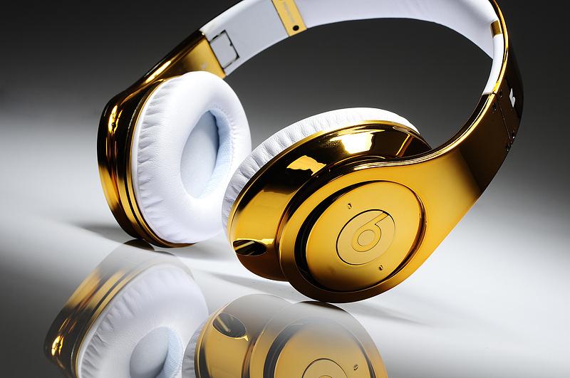 Monster Beats By Dr.Dre Studio Headphones Gold