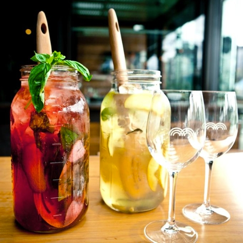The-Merrywell-Sangria-Jugs-KARON-PHOTOGRAPHY_500