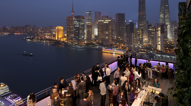 PropertyImage_CHARBarAndGrill_Shanghai_Restaurant_Style_BarTerrace_CreditHotelIndigoShanghaiontheBund