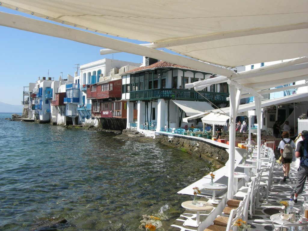 Mykonos,_little_venice_01