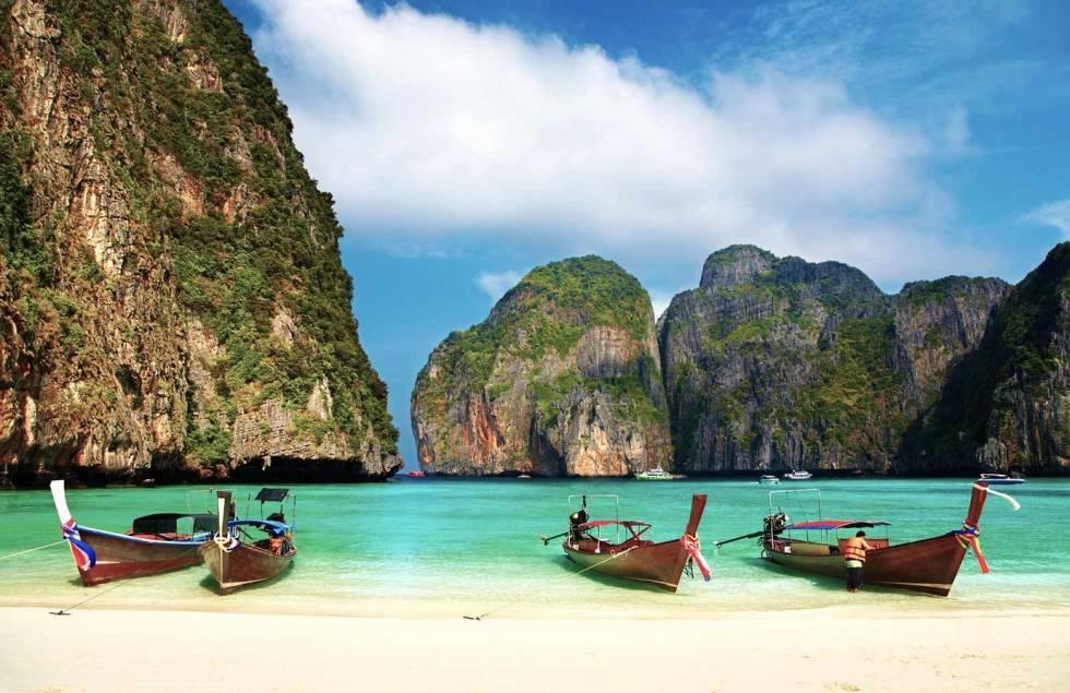 540fc8a69a07a_-_01-tcx-phuket-beach-0113-xl-lg